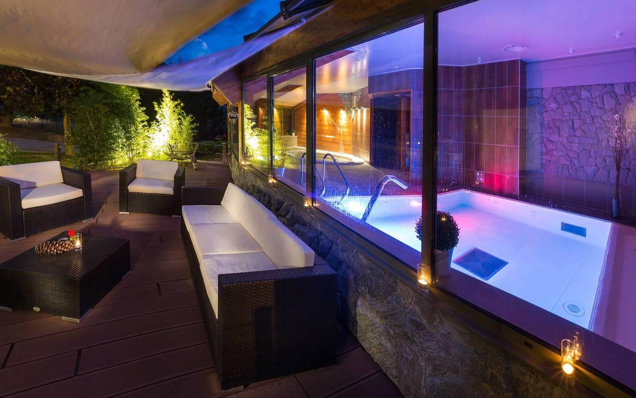 Relaxation area, hotel Embrun Lac de Serre Ponçon, Les Bartavelles