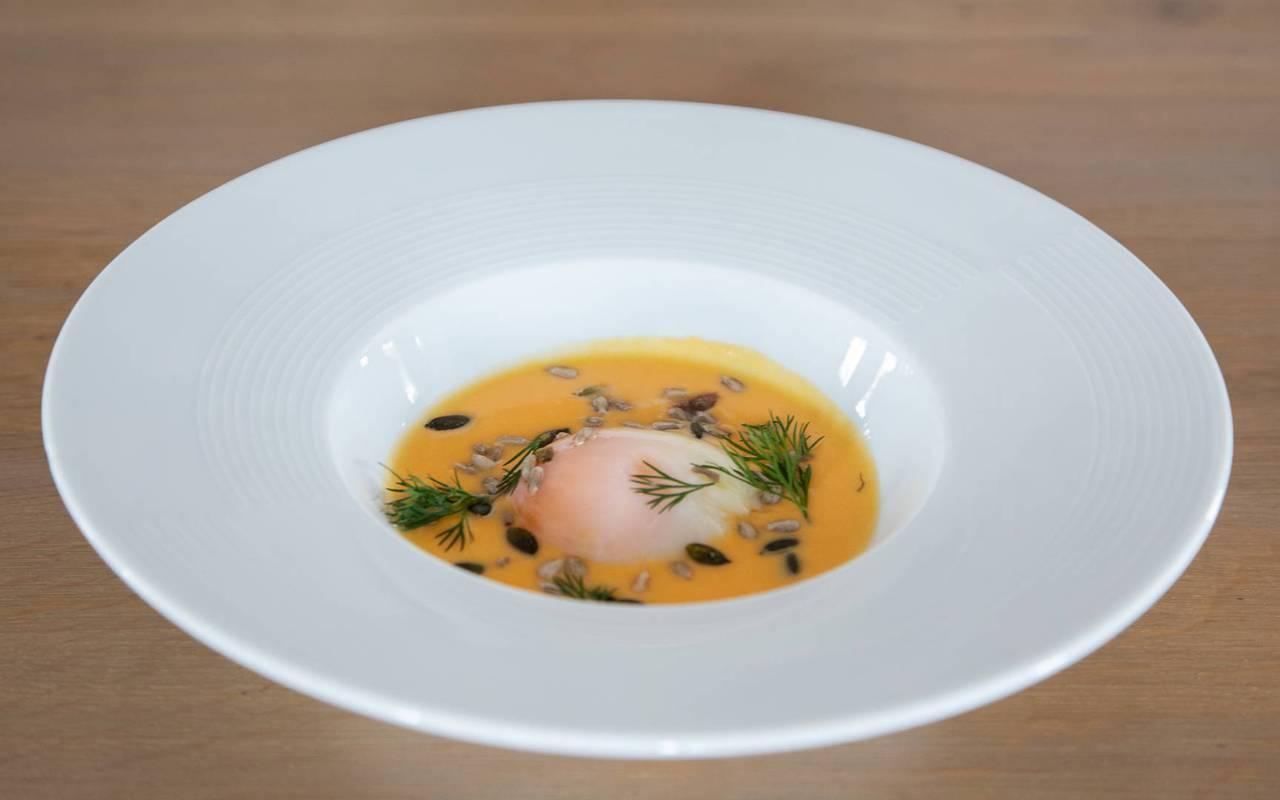 Refined dish, restaurant bar Embrun Serre Ponçon, Les Bartavelles