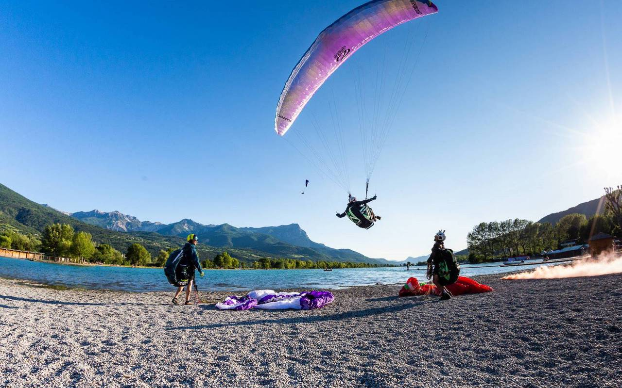 Paragliding, stay holidays Embrun, Les Bartavelles