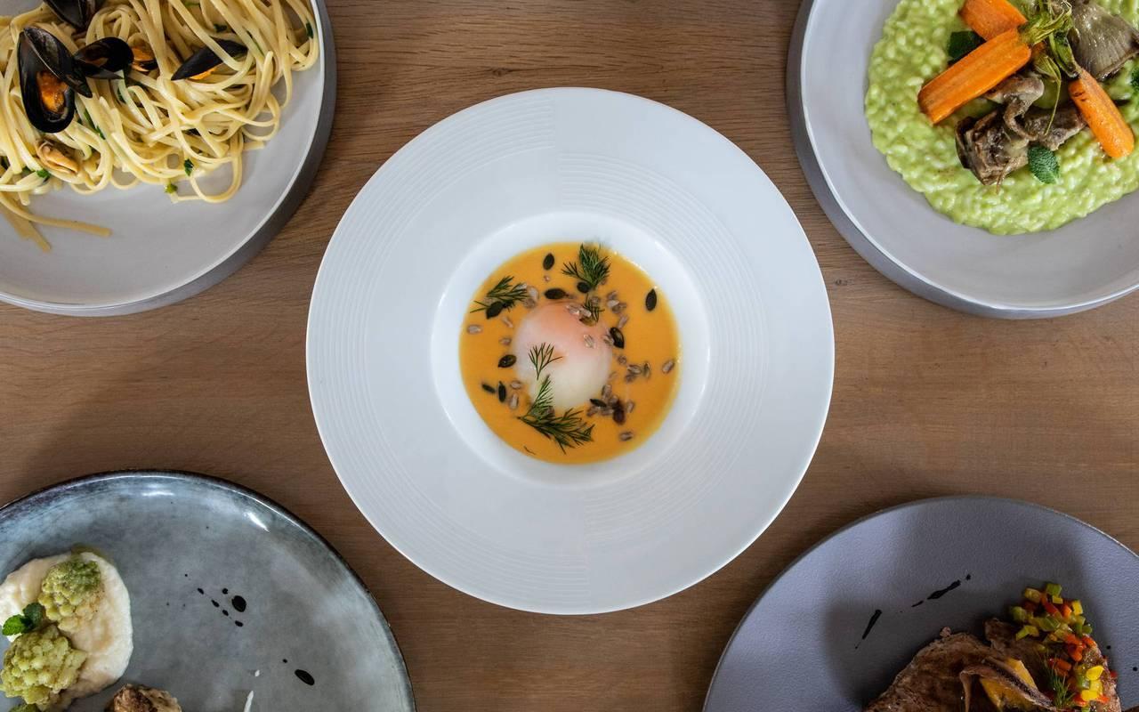 Restaurant dishes, boutique hotel hautes-alpes, Les Bartavelles