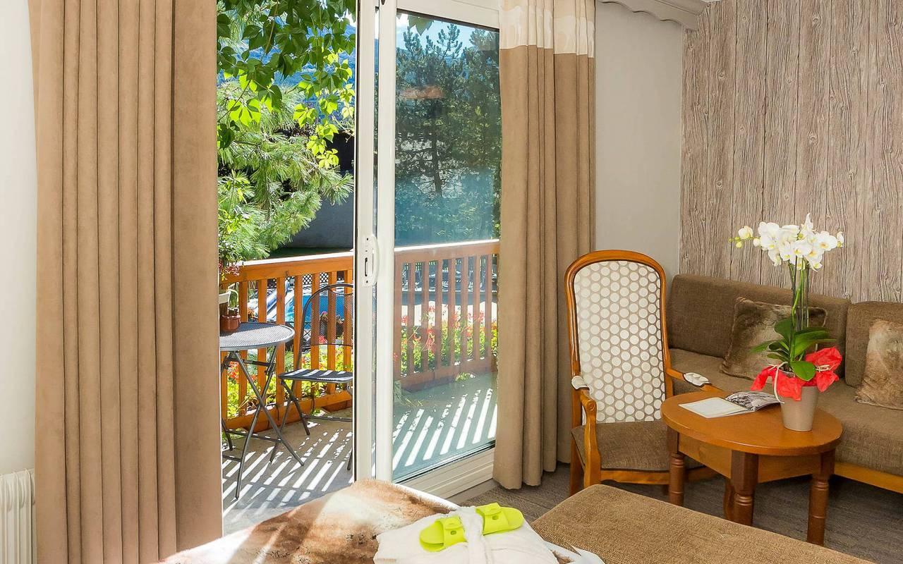 Chambre ensoleillée, hôtel spa Hautes-Alpes, Les Bartavelles