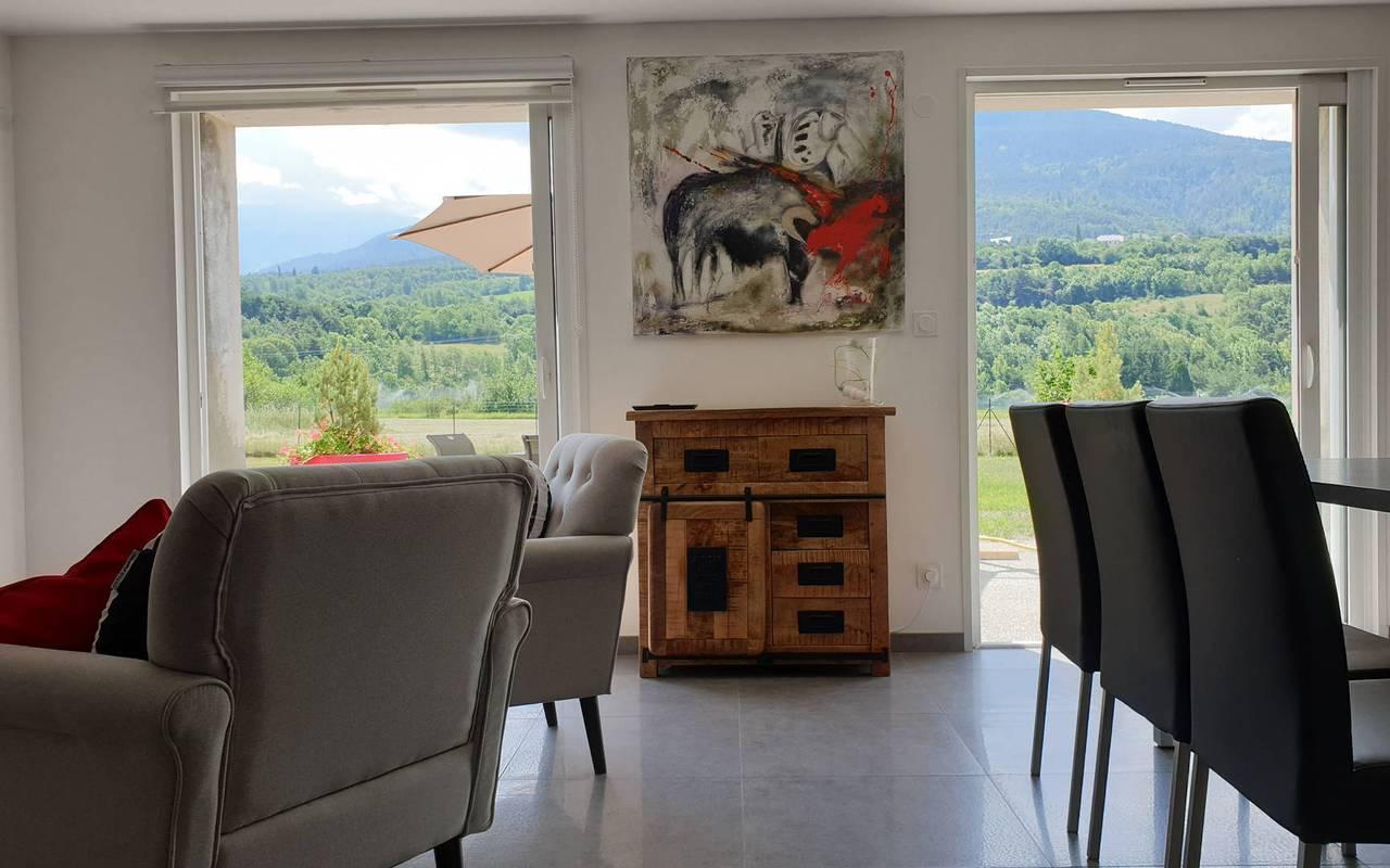 Salon avec vue, hôtel spa Hautes-Alpes, Les Bartavelles