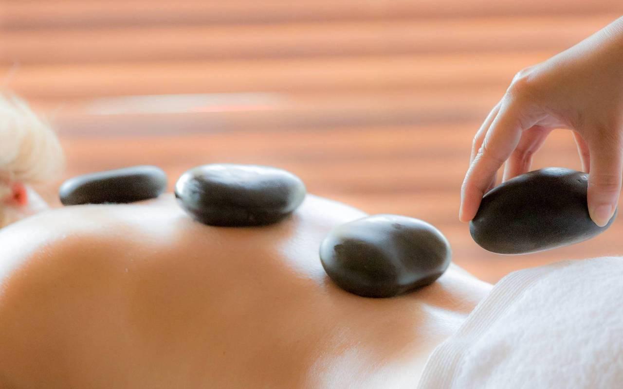 Massage, hôtel Lac Serre Ponçon, Les Bartavelles