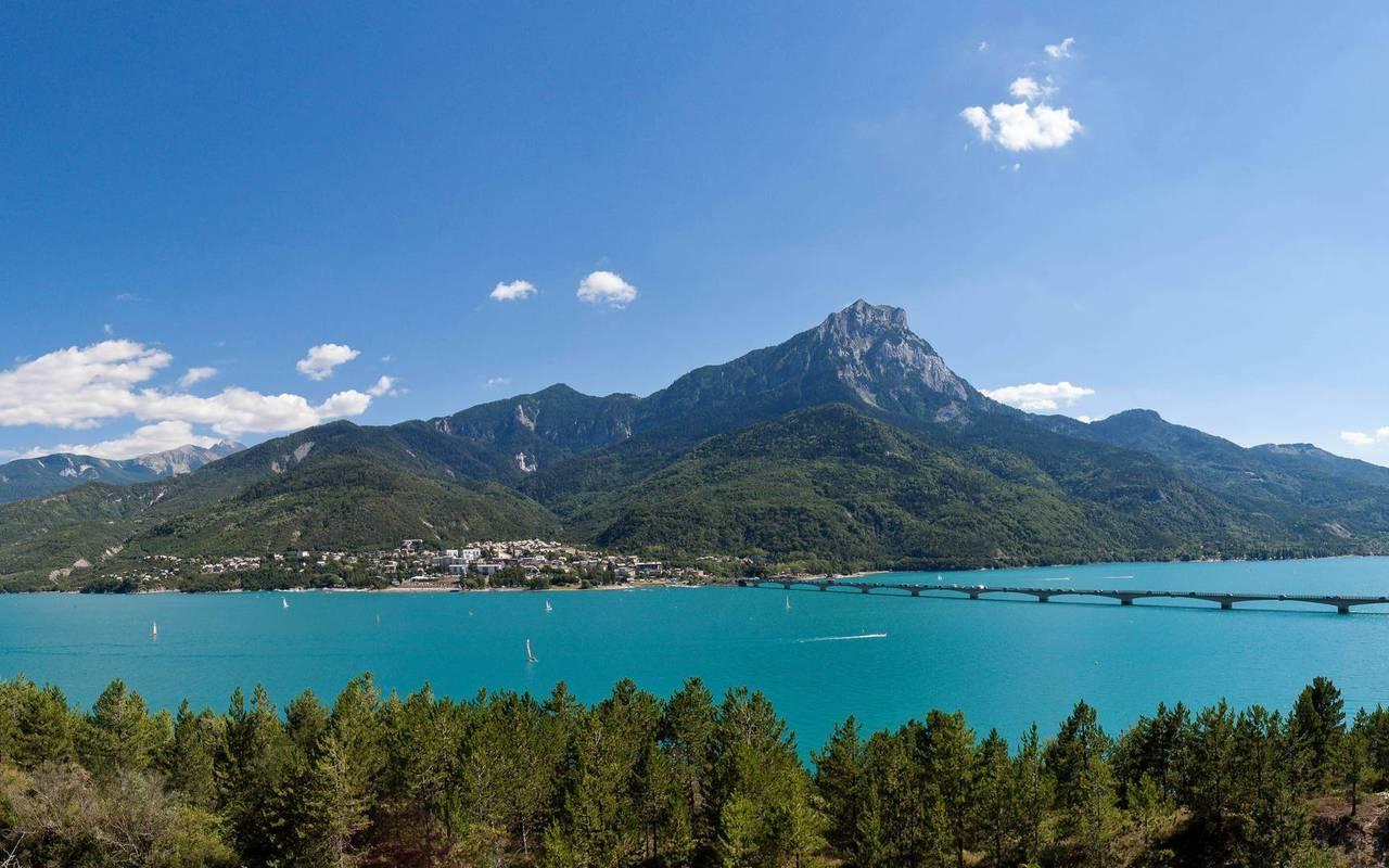 Lac de Serre Ponçon, hôtel de charme hautes-alpes, Les Bartavelles